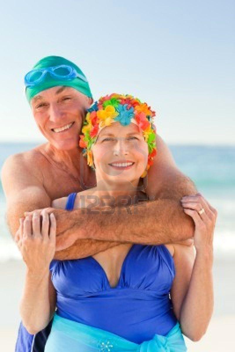 Esposa de Grecia por dos en la playa